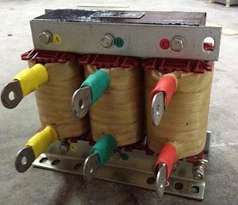 AK SG 系列三相进线电抗器