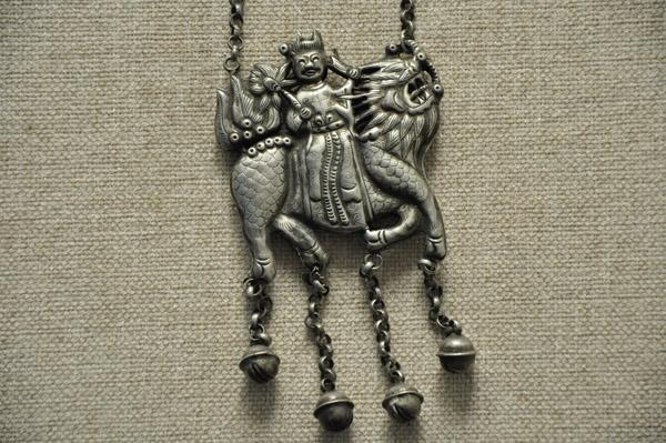 麒麟送子首饰锁