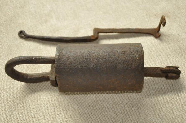 掛鎖-炮筒簧片掛鎖