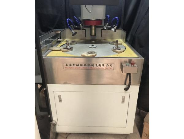 CDL-3000荧光磁粉探伤机(立式)