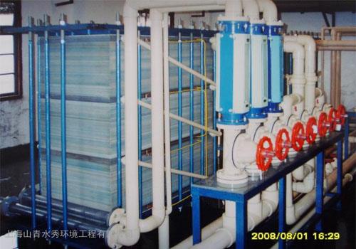 组合型电渗析装置