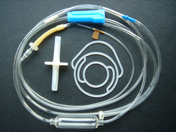 一次性使用输液器 带针