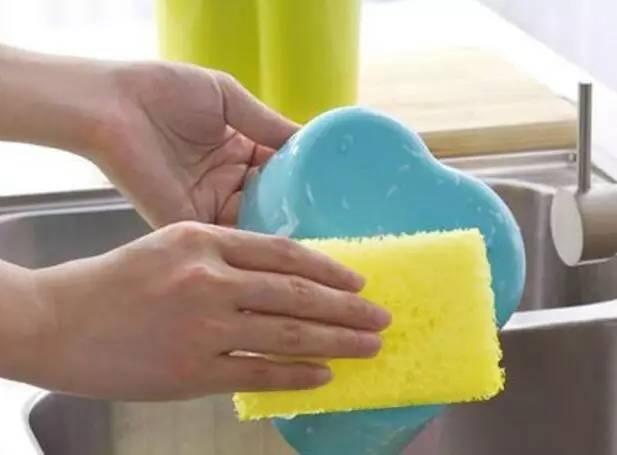 【实用】这东西甲醛超标50倍,强致癌!就藏在你家厨房!快扔掉!——【科普知识篇】