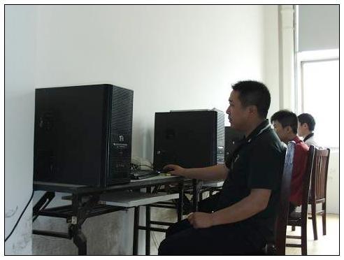 国产电脑横机制版师进入招聘旺季
