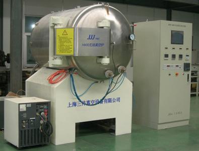 用途:真空器件的真空热处理;特点:全无油系统(低温泵+干泵)