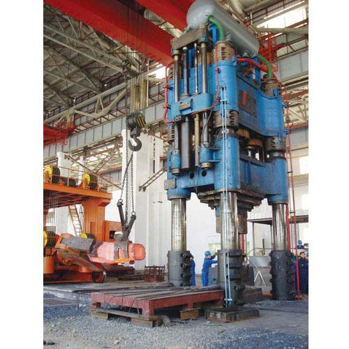 4500T 油压机组(在建) 4500T Qil hydraulic
