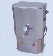 电热沸水器