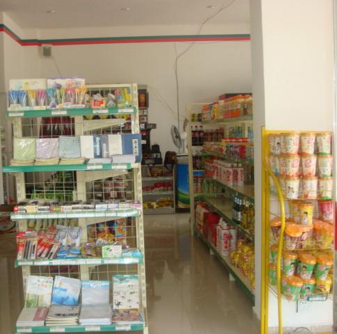 辦公樓小型超市