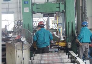 H型钢自动组力机