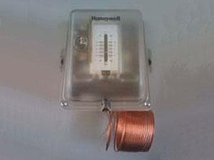 T6950 T6951 T6960 T6961低溫保護溫控器
