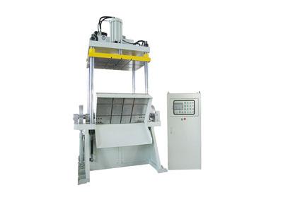 精锐系列:带翻板配机器人油压切边机
