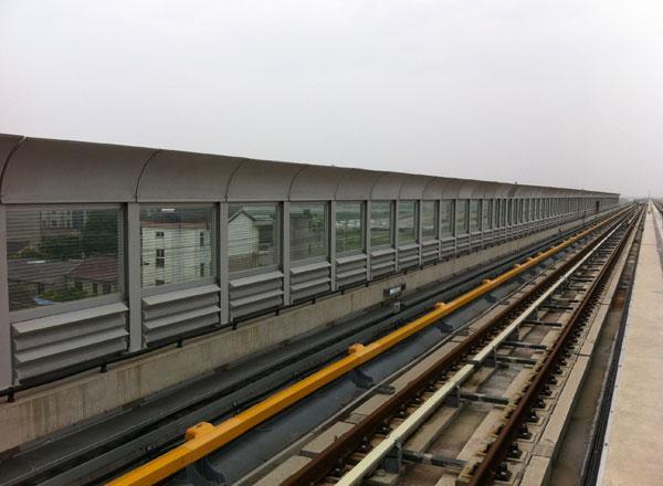 上海轨道交通16号线声屏障工程