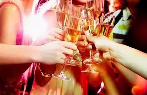"""新研究:饮酒确实能够预防""""大部分""""心脏病"""