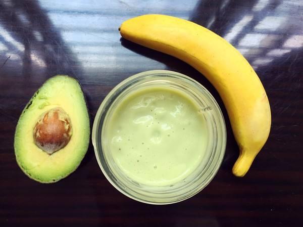 研究显示:每天吃一根香蕉或一个牛油果有助预防心脏病和中风