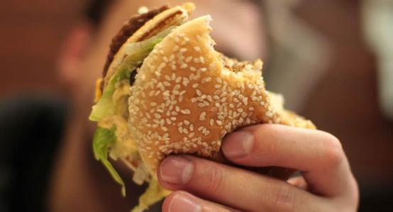 专家:胆固醇过量可使肠癌发病率提高百倍