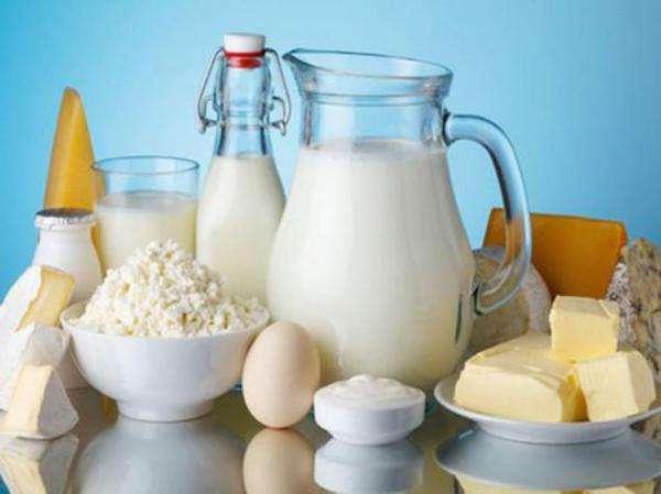 """喝吧喝吧不是罪 全脂奶有助提高""""好胆固醇""""水平"""
