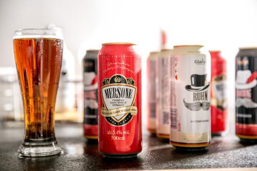 最新研究成果:适量饮酒者比过量饮酒或不饮酒者住院率更低