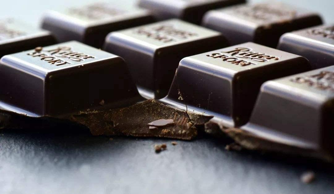 瑞士研究证明:黑巧克力可缓解腹泻和益智