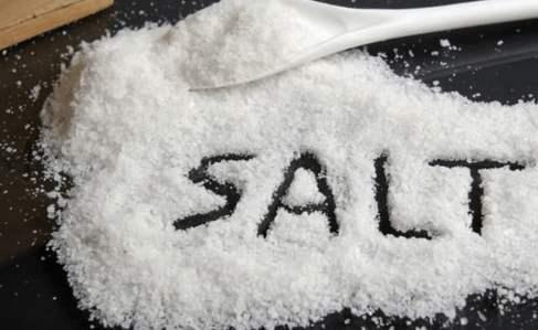 巧用食盐来养生 失眠咳嗽都不怕