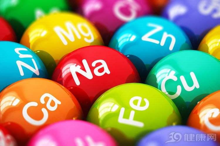 婴幼儿饮水应注意矿物质含量 锂元素与阿尔茨海默病相关